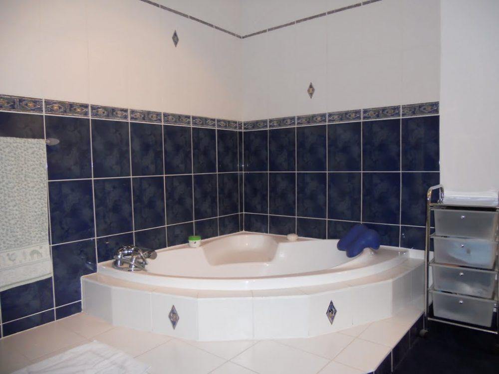 873 badkamer Villa