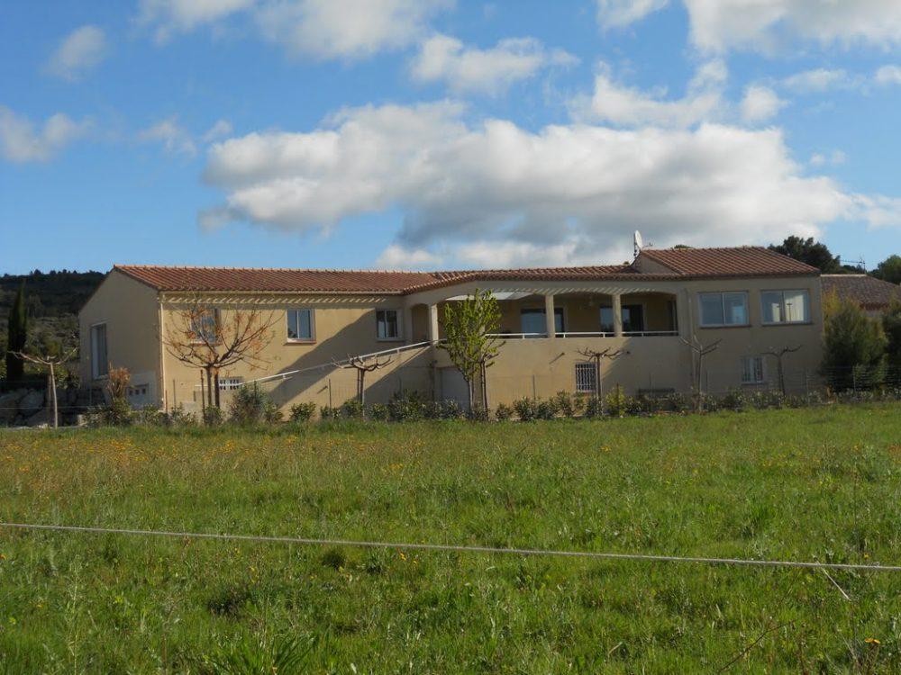 Aanzicht vakantiehuis Azillanet