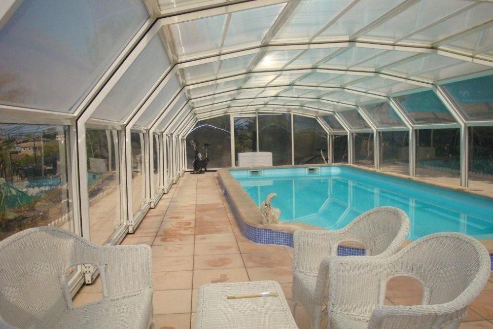 Privé zwembad in Montbrun